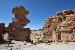 奇怪的岩层在Altiplano,玻利维亚 免版税库存照片