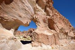 奇怪的岩层在Altiplano,玻利维亚 图库摄影