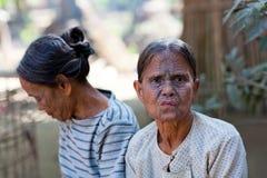 奇恩角部落tatoed妇女,缅甸 免版税图库摄影