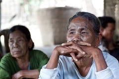 奇恩角部落tattoed妇女,缅甸 库存图片