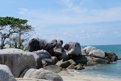奇迹有美丽的海滩的土地海岛在邦加海峡勿里洞岛 库存图片