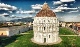 奇迹美妙的鸟瞰图在比萨,托斯卡纳摆正 库存照片