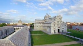奇迹美妙的鸟瞰图在比萨,托斯卡纳摆正 免版税库存图片