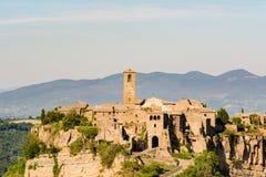 奇维塔二巴尼奥雷焦古镇的看法  免版税图库摄影