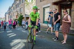 奈梅亨,荷兰2016年5月8日;在调动期间的达维德Formolo专业骑自行车者从公共汽车到开始 库存图片