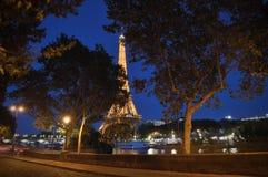 奎伊在巴黎在晚上 免版税库存照片