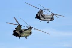 契努克族运输直升机 免版税库存照片