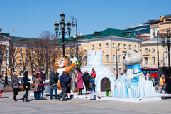 索契奥林匹克的标志在Manezh广场的在2013年4月13日的莫斯科在莫斯科 库存照片