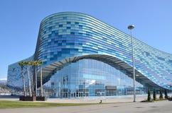 索契,俄罗斯, 2016年3月, 01日,冰宫殿冰山在索契奥林匹克公园 免版税库存照片