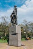 索契,俄罗斯, 2015年4月23日:尼可拉奥斯特洛夫斯基的纪念碑 免版税库存照片
