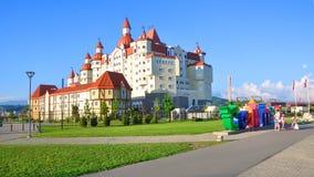 索契,俄罗斯- 2017年6月25日:Bogatyr旅馆 库存照片