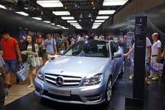 奔驰车亭子  . 路向西部的中国的-第16个成都汽车展示会, 8日8月31th 9月, 2013年 库存照片