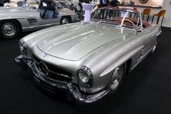 1957年奔驰车300 SL跑车W198葡萄酒汽车 免版税库存图片