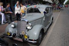 奔驰车300B,葡萄酒汽车 库存图片