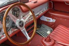 奔驰车SL 300 Gullwing,内部 免版税库存照片
