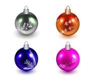 套不同的颜色现实金属球与装饰的 查出 向量 向量例证