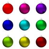 套不同色圣诞节球 免版税库存照片