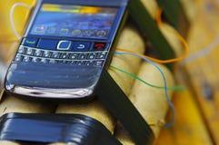 套与一个手机的炸药作为雷管 免版税库存图片