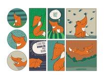 套与亲切的狐狸的逗人喜爱的卡片在白色背景 库存照片