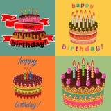套与灼烧的蜡烛的四甜生日蛋糕 免版税库存照片