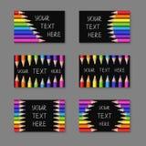 套与现实五颜六色的铅笔的Horisontal卡片在黑色 免版税库存照片