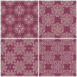 套与花卉样式的紫罗兰色无缝的背景 免版税图库摄影