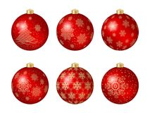 套与金装饰的六个红色圣诞节球 免版税库存图片