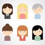 套五颜六色的女性面对象 时髦平的样式 滑稽的漫画人物 免版税图库摄影
