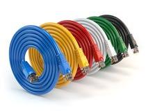 套五颜六色LAN网络连接以太网电缆 相互 免版税库存照片