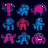 套传染媒介凉快的动画片妖怪,五颜六色的奇怪的生物 库存照片