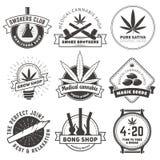 套传染媒介大麻抽烟的徽章 库存照片