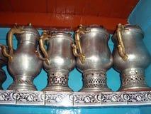 套传统克什米尔人俄国式茶炊,斯利那加,印度,亚洲 免版税库存图片
