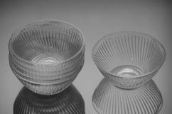 套六个深玻璃器皿 免版税库存图片