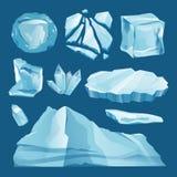 套冰冠随风飘飞的雪和冰柱 图库摄影
