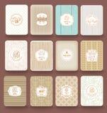 套减速火箭的面包店标签,丝带和卡片葡萄酒的设计 免版税库存图片