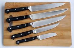 套厨房的刀子 库存照片