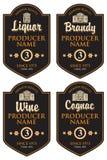 套各种各样的酒精饮料的减速火箭的标签 皇族释放例证