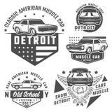 套商标和象征的肌肉汽车 减速火箭和葡萄酒样式 阻力赛车 库存图片