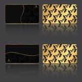 套四在葡萄酒样式的VIP卡片,纹板和一半金子支持 库存照片