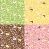 套在不同的背景的四个夏天冰淇凌样式 免版税库存图片