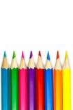 套在白色背景,垂直的布局的色的铅笔 免版税库存图片