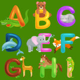 套孩子的动物字母表钓鱼信件,动画片乐趣在幼儿园,逗人喜爱的儿童动物园收藏的abc教育 库存图片
