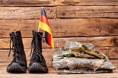 套德意志战士军用成套装备  图库摄影