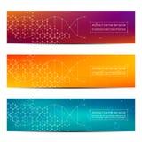 套抽象横幅设计,脱氧核糖核酸分子结构背景 几何图表和被连接的线与小点 图库摄影