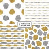 套无缝的样式金和银条纹,圆点,马赛克斑点 库存图片