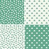 套无缝的绿色三叶草叶子样式 免版税库存照片