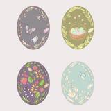 套明亮的多彩多姿的复活节彩蛋 免版税图库摄影