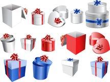 套有弓和丝带的五颜六色的礼物盒。 免版税图库摄影