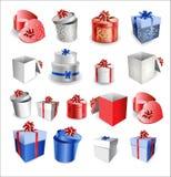 套有弓和丝带的五颜六色的礼物盒。 库存照片