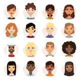 套有脸面护理的不同的圆的具体化以不同的国籍、衣裳和发型为特色 免版税库存图片